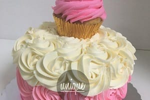 Pink and White Last Minute Cakes